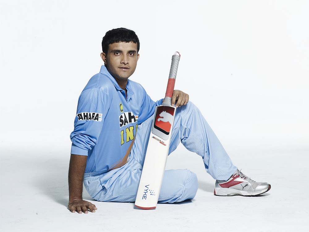 Sourav Ganguly poses with his bat