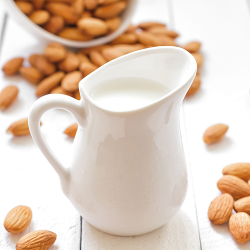 It's time to include more almonds in your diet!